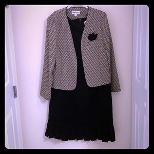 🔴5/$15 Danny & Nicole Black Dress with Jacket 14